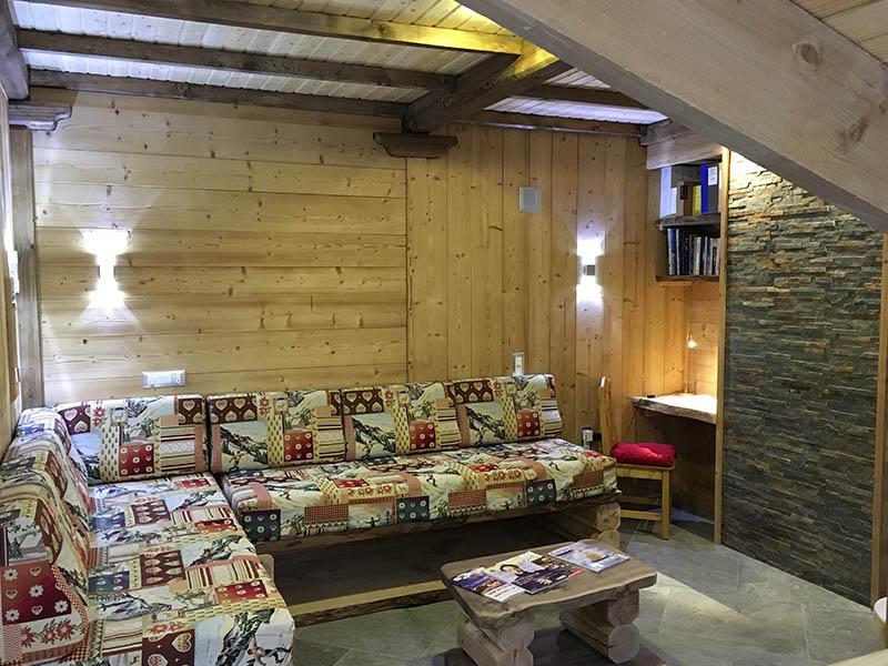le s jour le grenier des r ves location appartement les 2 alpes location appartement spa 2. Black Bedroom Furniture Sets. Home Design Ideas