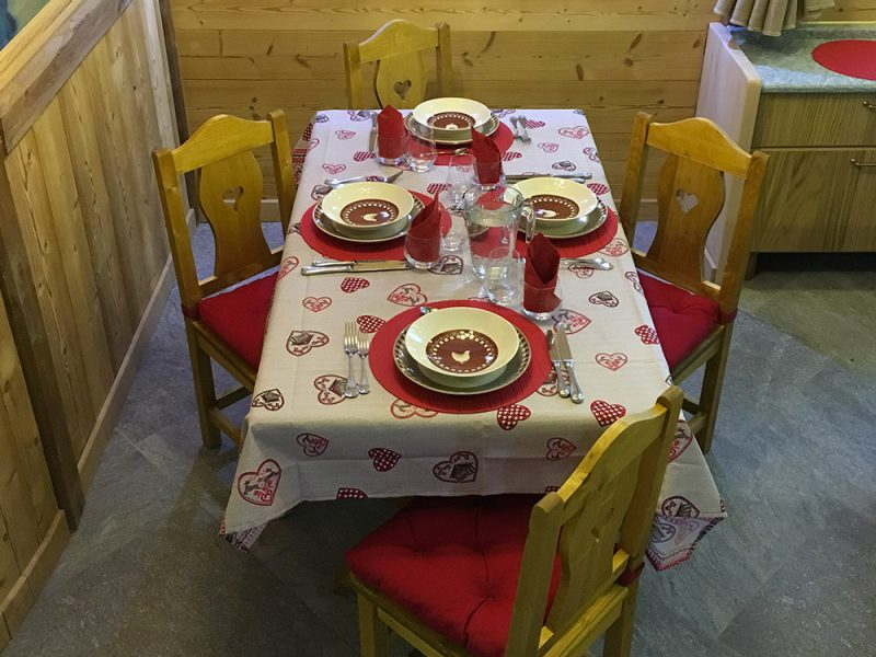 table-appartement-2-alpes-location