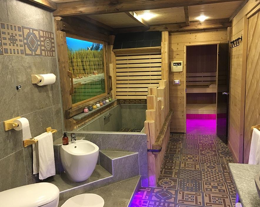 la salle de bain spa le grenier des r ves location appartement les 2 alpes location. Black Bedroom Furniture Sets. Home Design Ideas